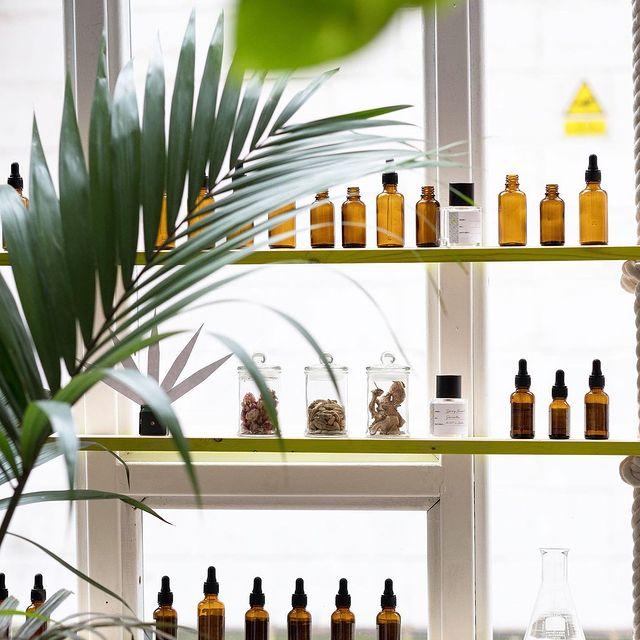 Experimental Perfume Club Opens in Seven Dials